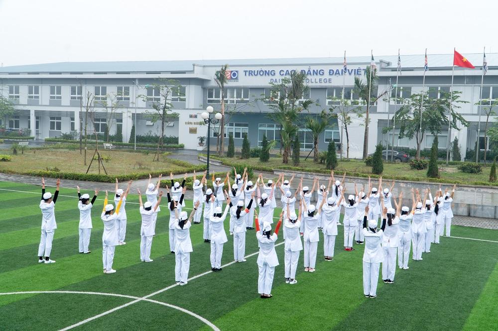 Trường Cao đẳng Đại Việt - Tập đoàn CEO