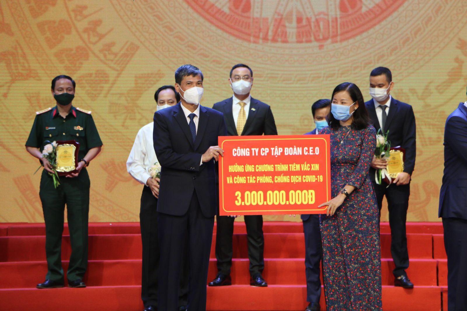 Tập đoàn CEO đóng góp 3 tỷ đồng chung tay cùng Hà Nội đẩy lùi dịch bệnh - Tập đoàn CEO